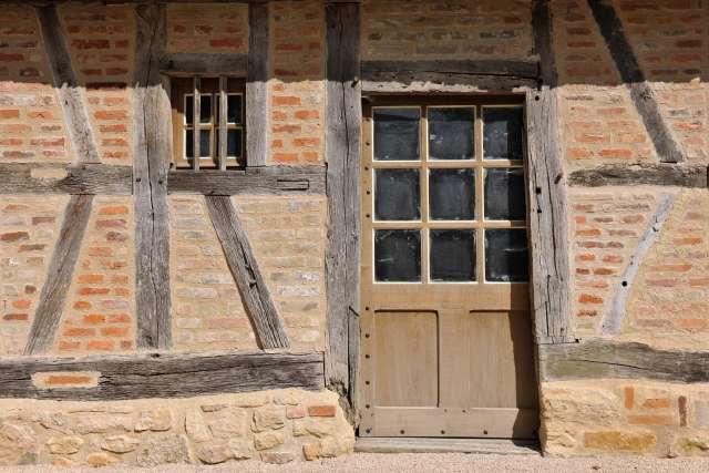 Maisons Bressanes, Moulins, Tuilerie