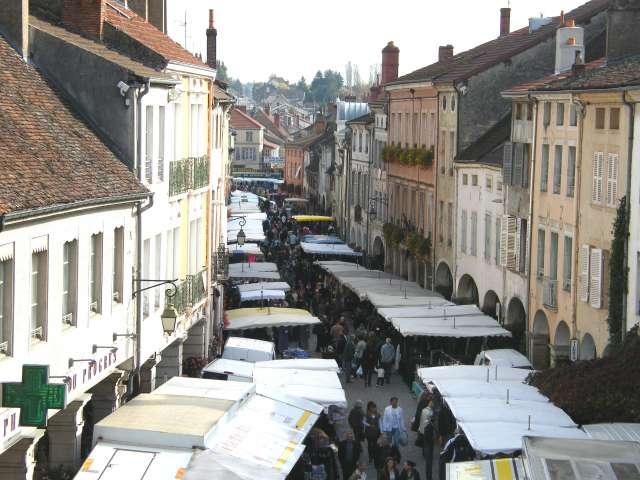 Market of Louhans