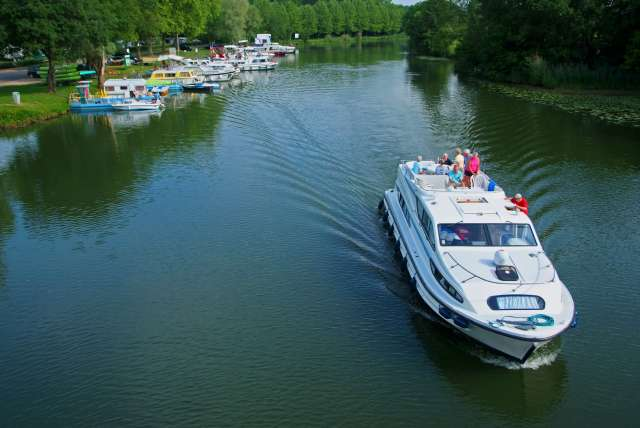 Boats and Cruises