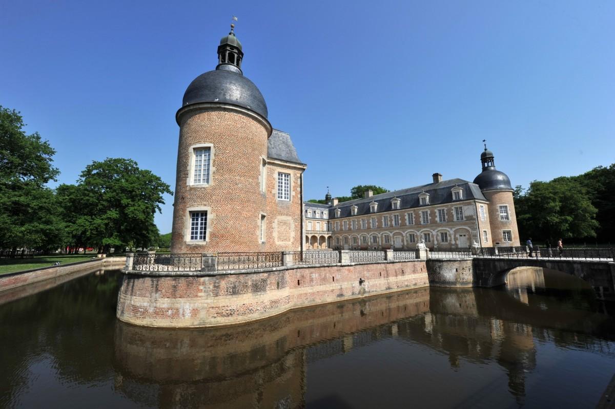 Chateau and ecoumuseum of Pierre de Bresse