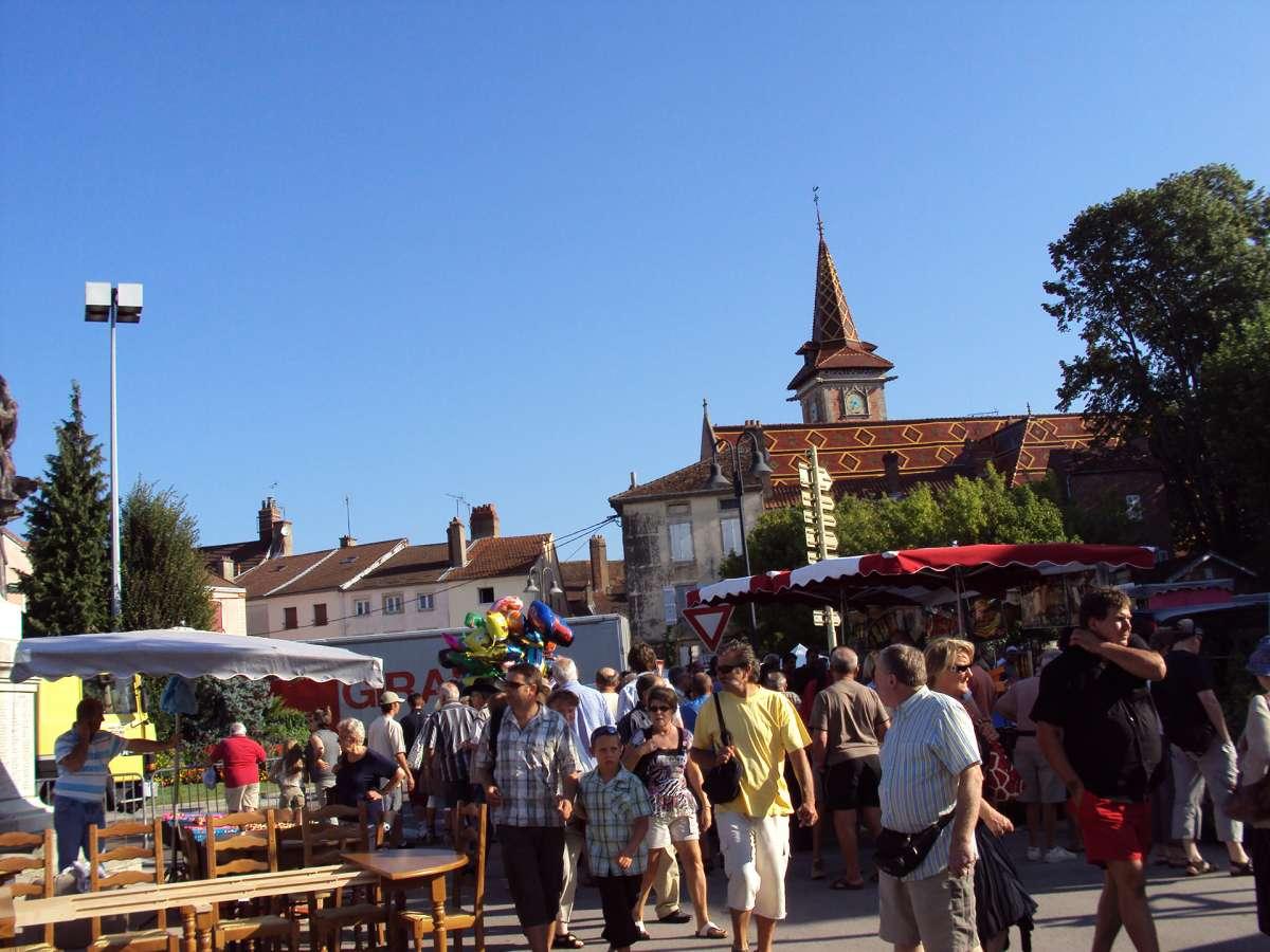 Marché - Ville de Louhans-Châteaurenaud