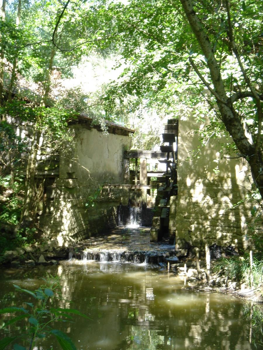 Le Moulin De La Croix