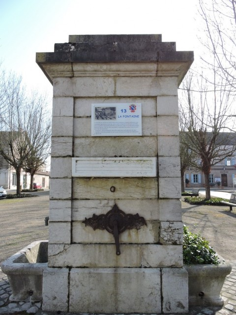 13-1-romenay-fontaine-a-guillemaut-194444