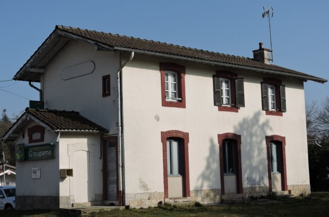 23-2-romenay-gare-a-guillemaut-194462