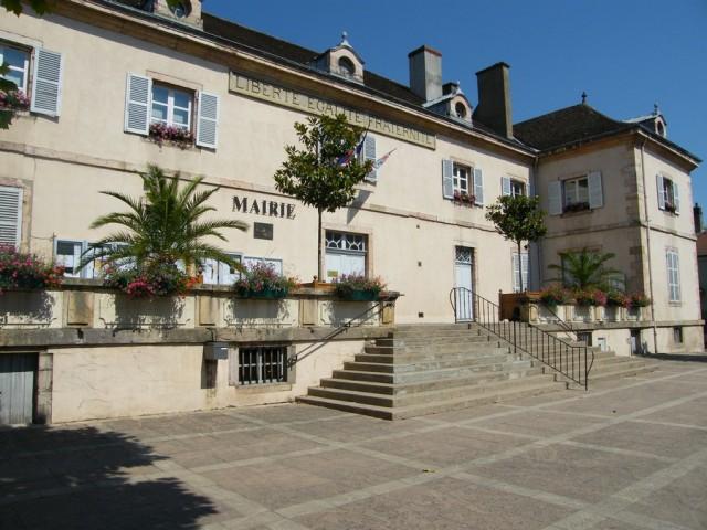 mairie-2-ville-de-louhans-chateaurenaud-194415