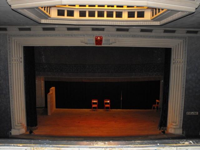 theatre-2-otpbb-194427