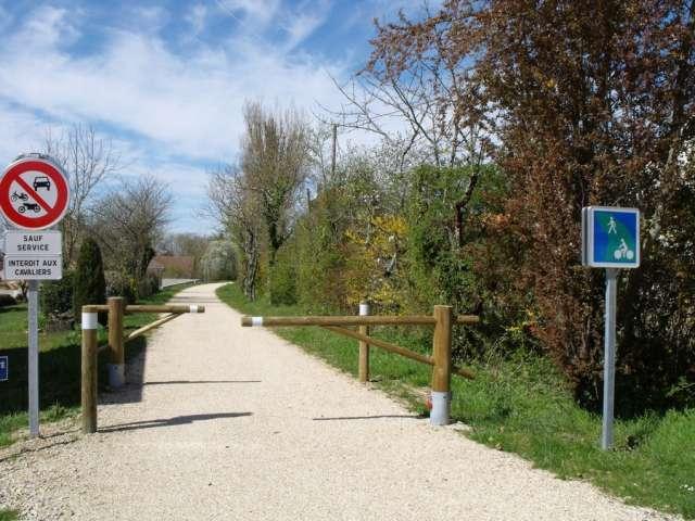 Voie Verte La Bressane - Office de Tourisme du Pays de la Bresse Bourguignonne