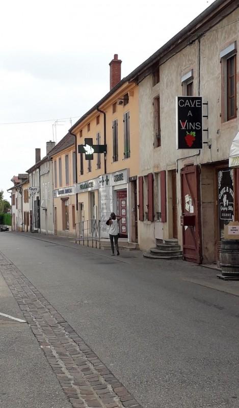 19-1cuisery-rue-neuve-cecile-deroche-richy-201450