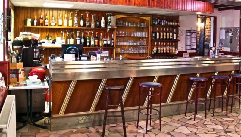 Bar @ La Grotte