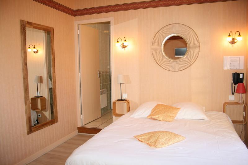 Chambre-double-Hostellerie-Bressane-Saint-Germain-du-Bois