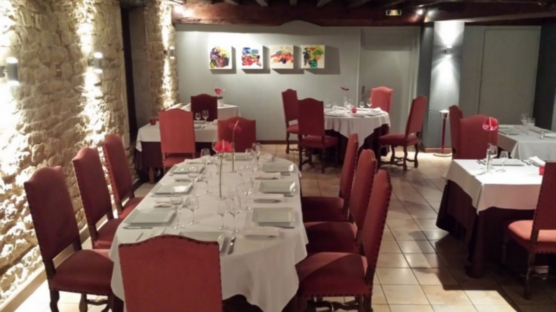Restaurant @ Moulin de Bourgchateau