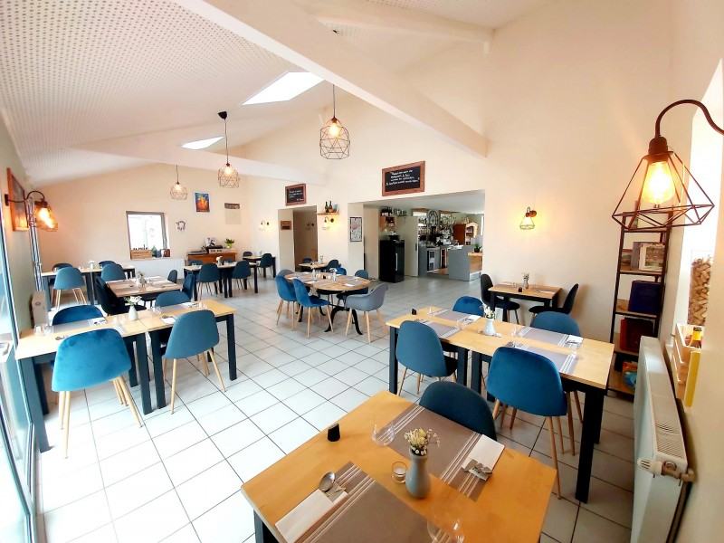 Salle de restaurant Ecrit Vin