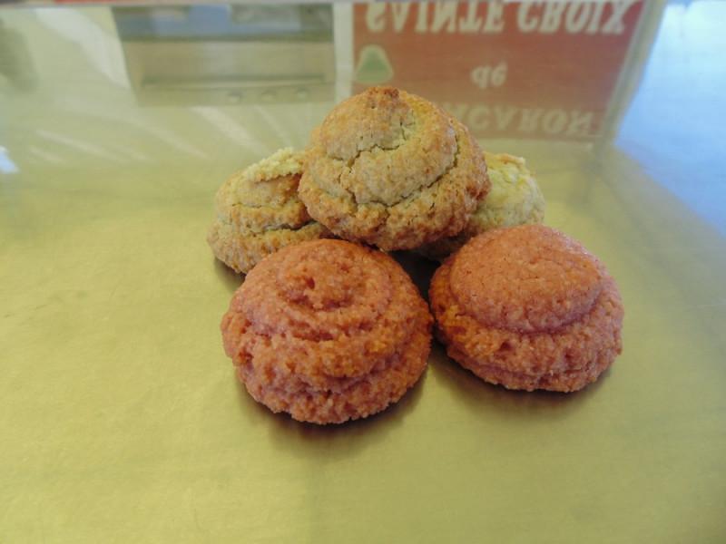 Web - Biscuits © Macarons de Ste Croix