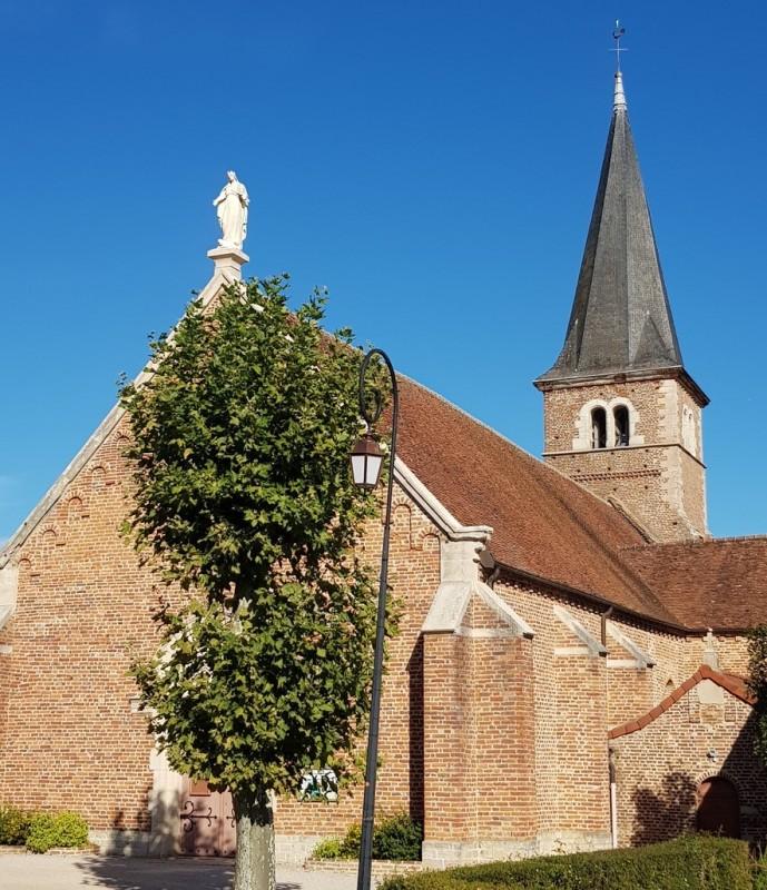eglise-de-montpont-en-bresse-balade-verte-209129