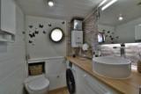 Bateau Loft Marie-Victoria salle d'eau