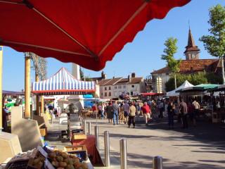 Web - Marché Louhans © Ville de Louhans Châteaurenaud