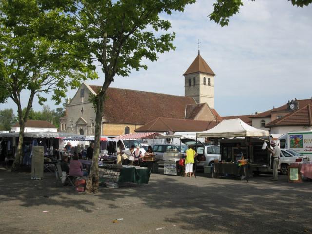 Place Marché © Mairie Saint Germain du Bois