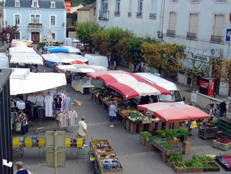 Marché © Mairie Cuisery